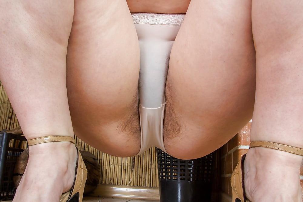 Road house panties pee asian panty gallery