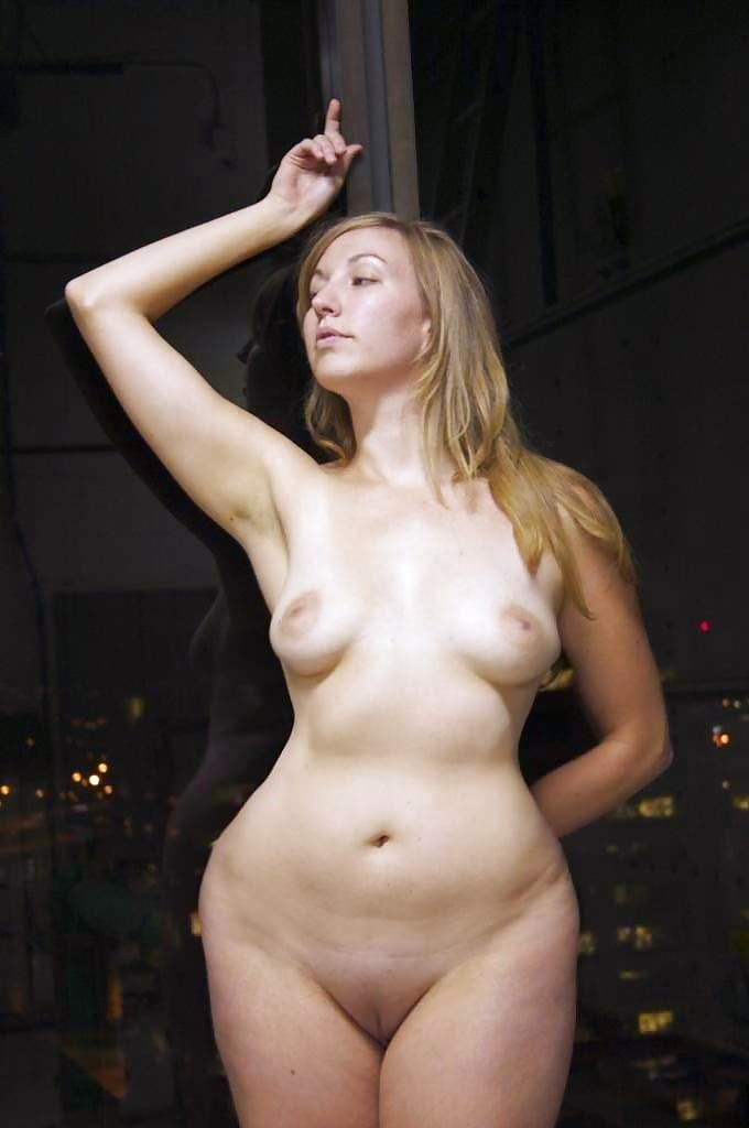 suvari-going-sexy-nude-bitches-with-wide-hips-hargitay-fake-porn