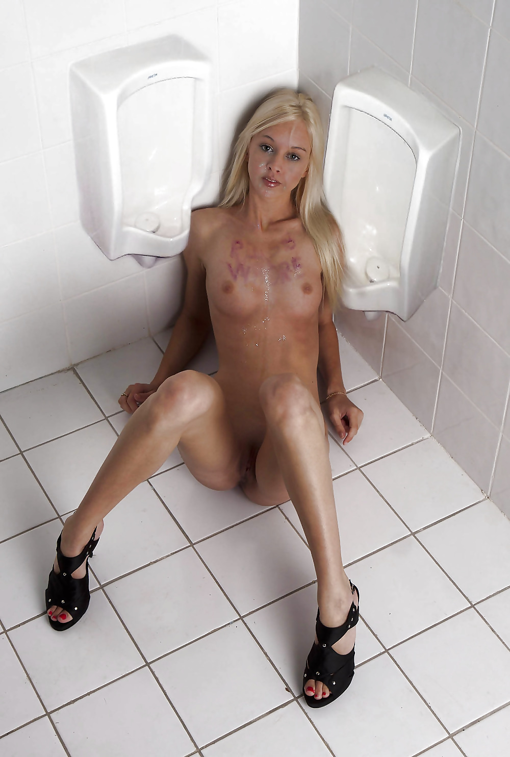 hot-the-urinal-nude-pussy-videos