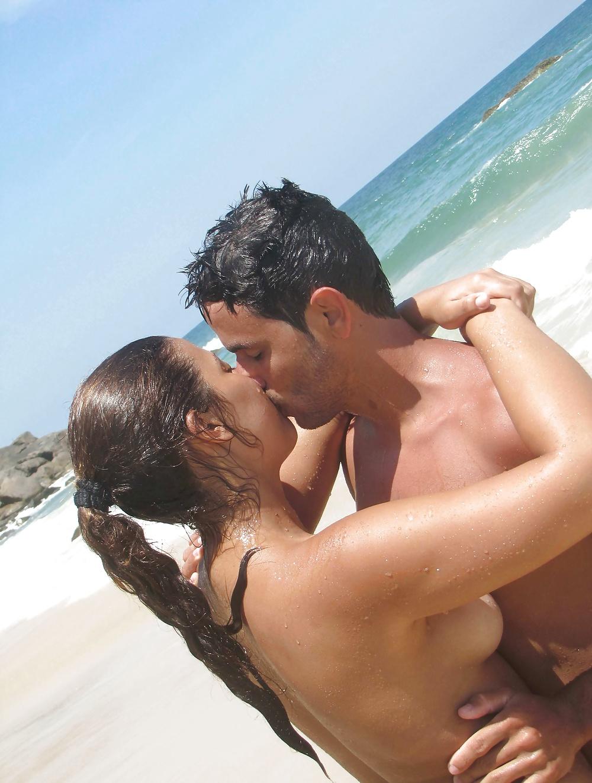 Naked Couples Fuck Beach