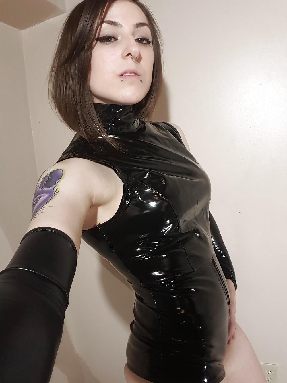 Strapon femdom latex Femdom huge