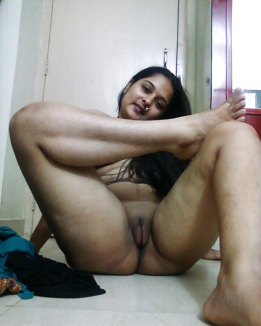punjabi-virgin-porn-karup-chick-strip