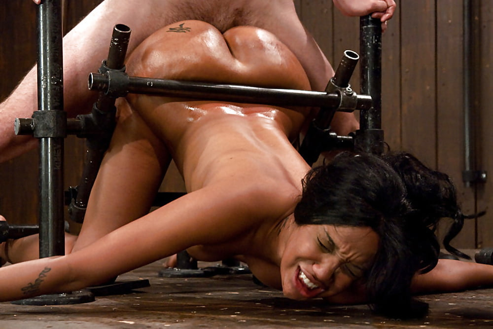 seks-s-prisposobami-erotika-s-perevodom-bolshie-siski-onlayn