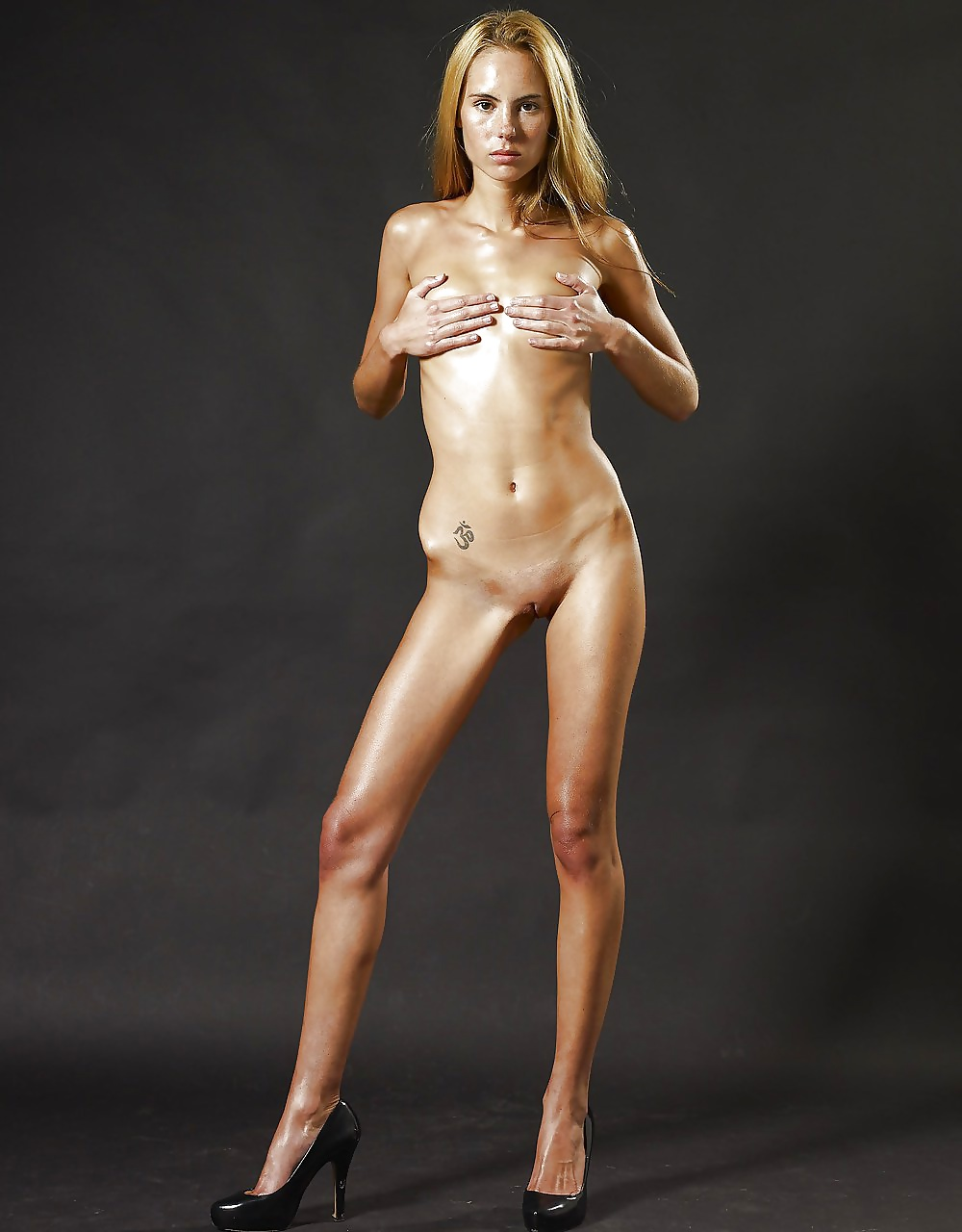 Naked pictures of super skinny women