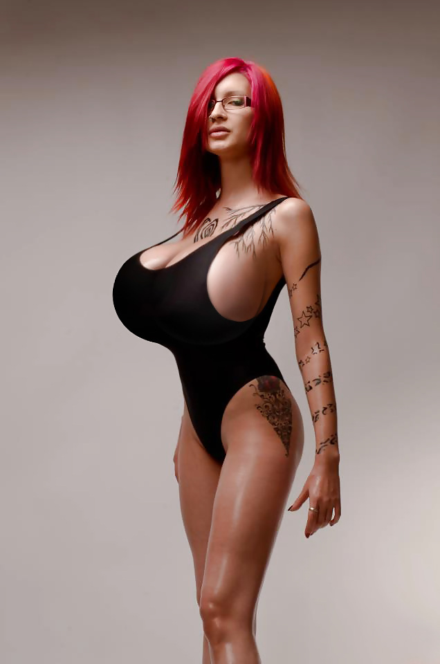 Ready Sexy long skinny legs big tits due