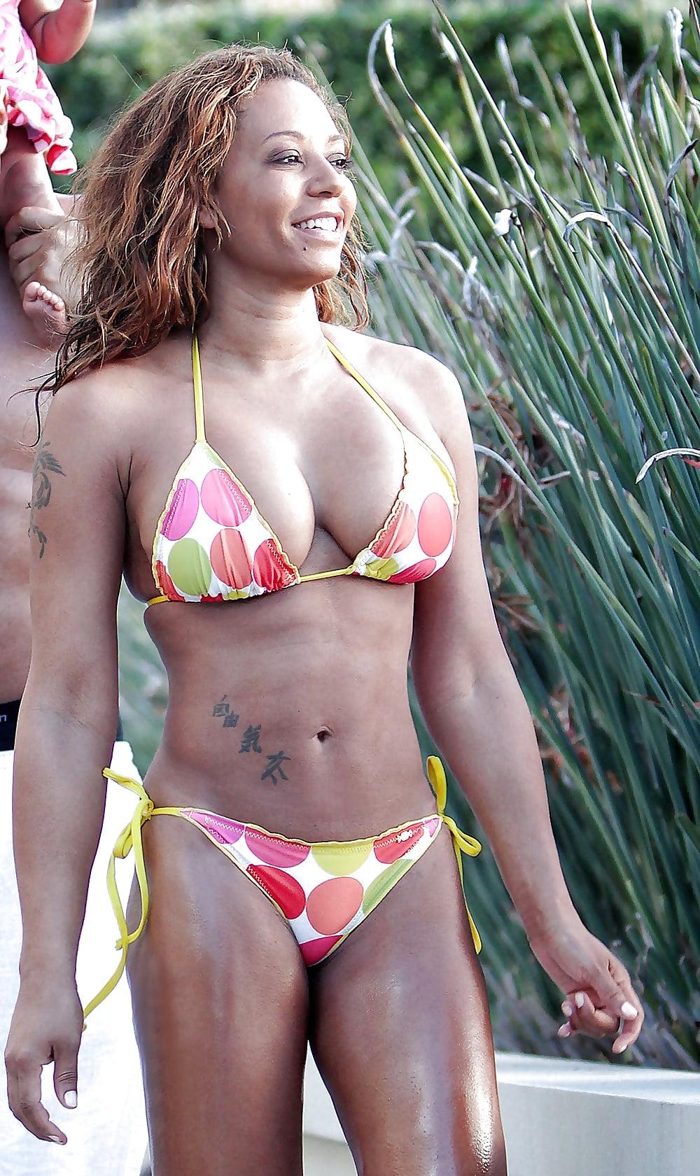 Mel b naked boobs — photo 14