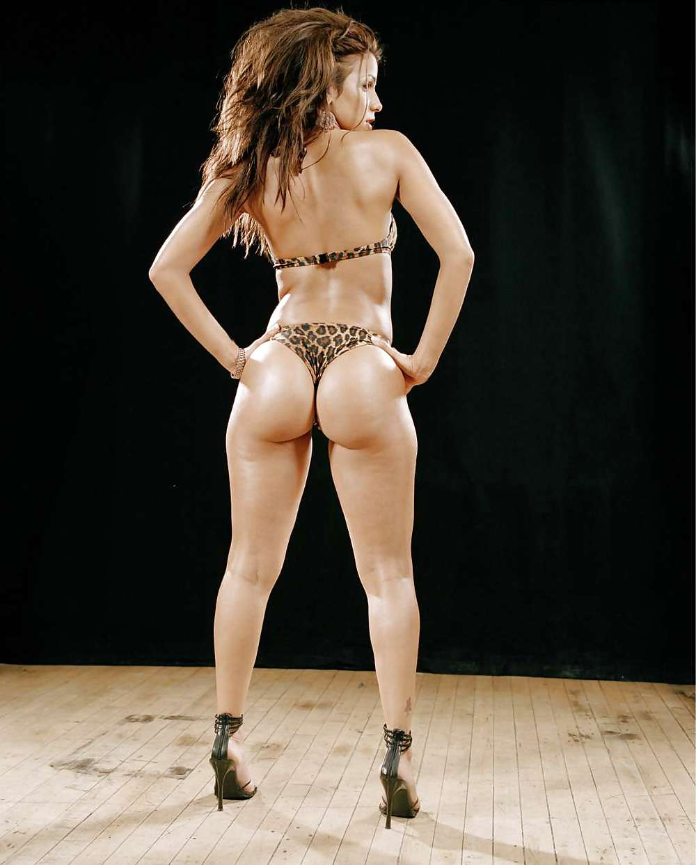 Pictures of vida guerra naked, sexy curvy blonde babe porn