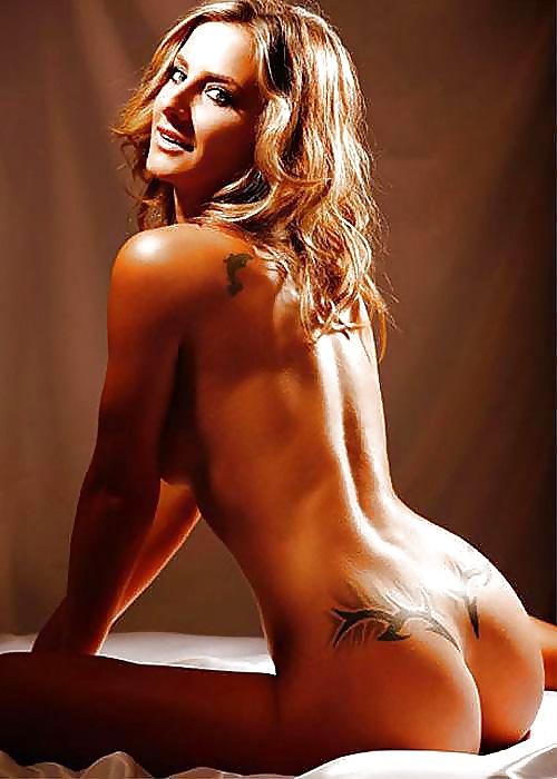 Attractive Nude Women Erotic Atlete Pic