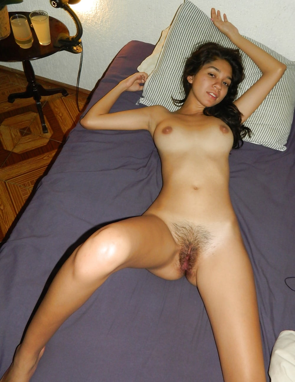 Nude spanish amateurs — photo 5