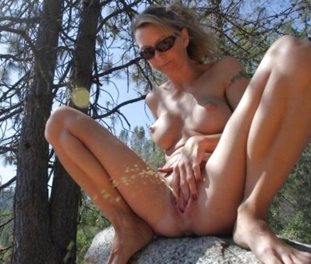 Outdoor Peeing