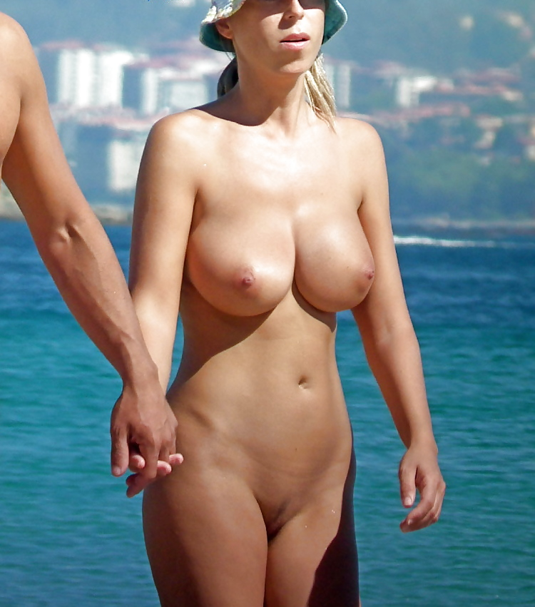 Star hot naked women on holiday hotel indiana