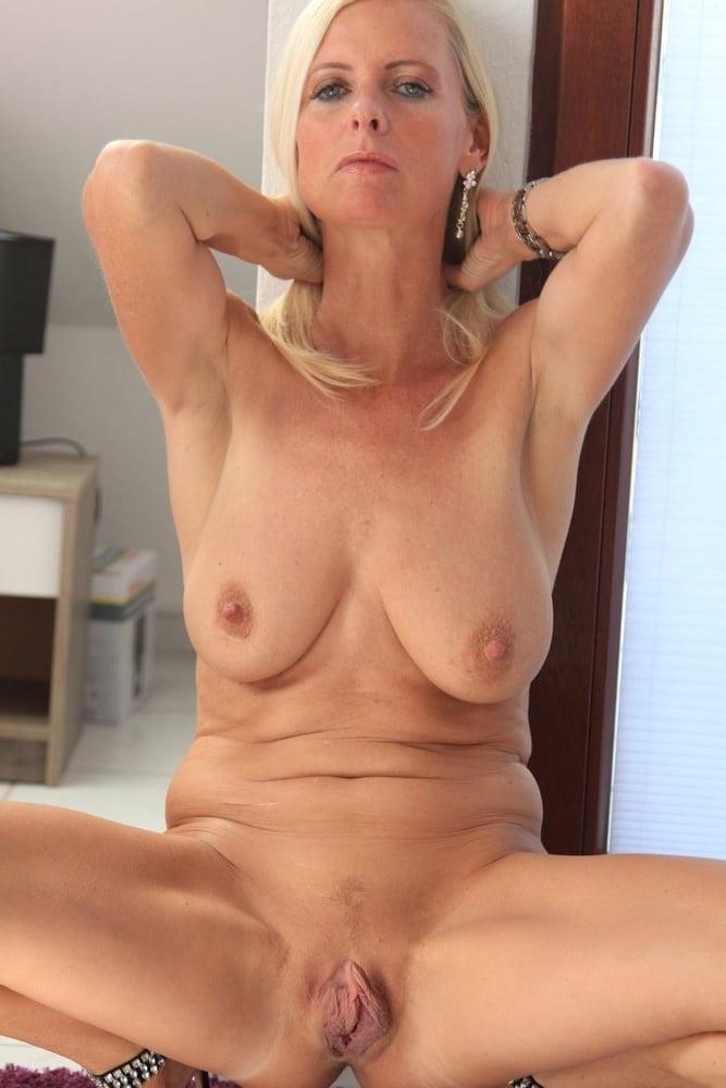 Lesben Mutter Latex Handjob
