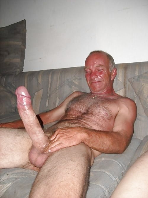 Skinny old man with big cock and the horny mom online hook