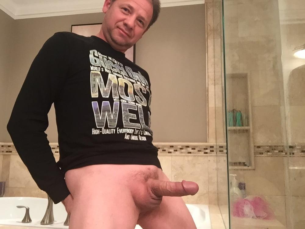 Men who suck dick for cash — photo 6