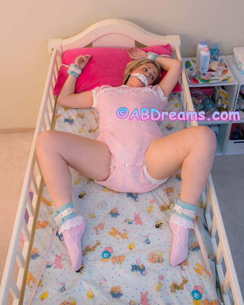 Erotic female diaper stories — pic 15