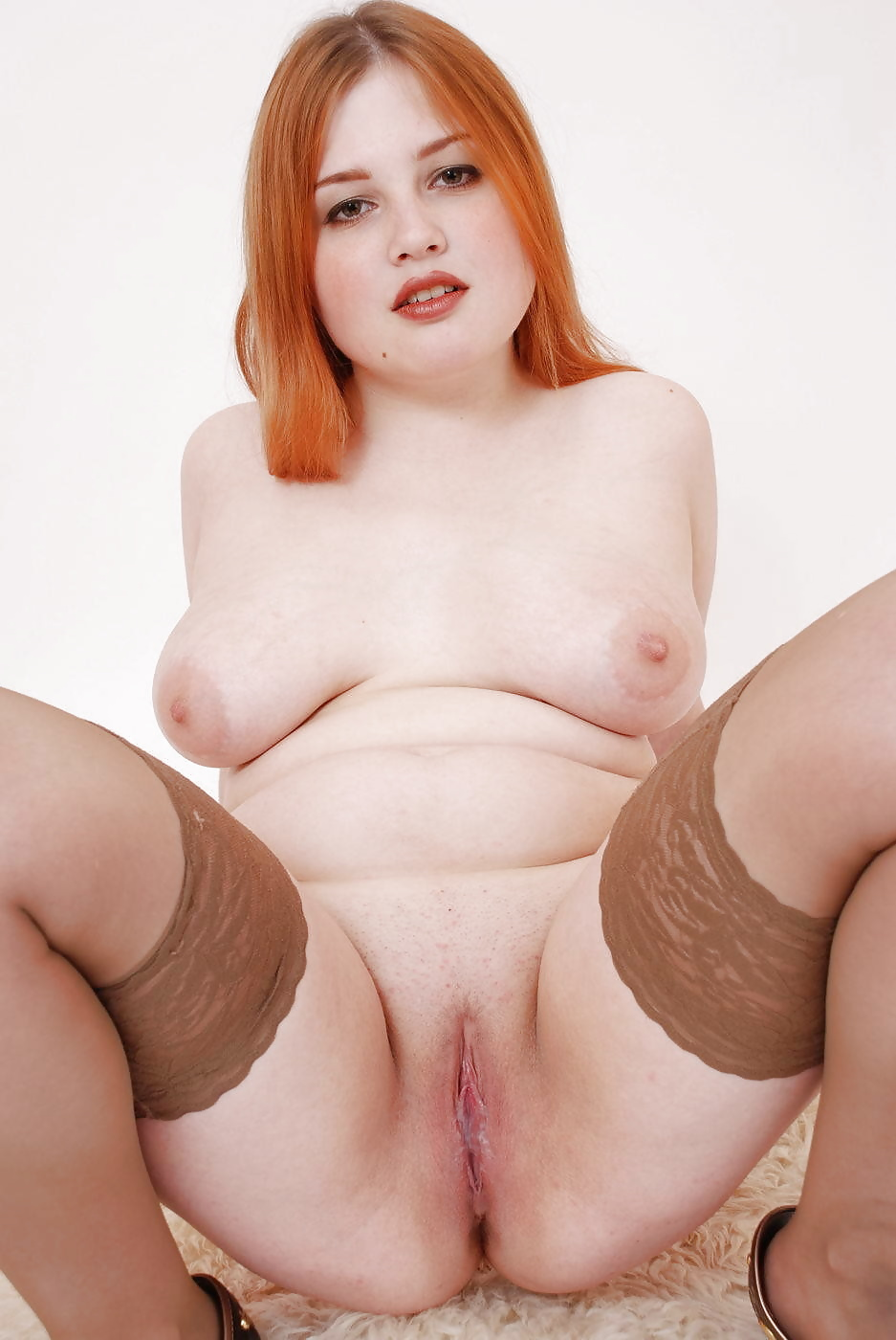 Pretty redhead girl from youngfatties 7