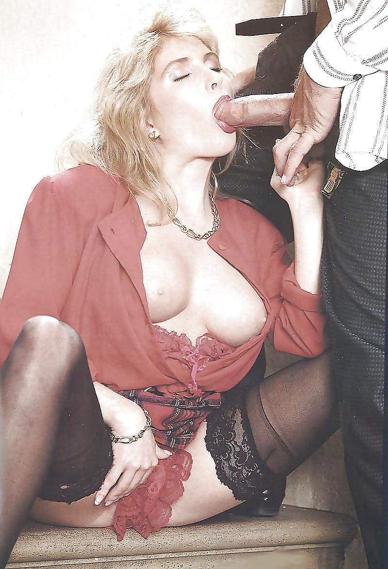 Ретро порно секретаршей, секс с двумя симпатичными брюнетками