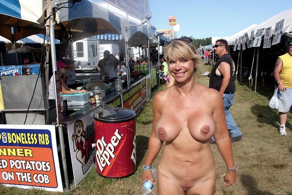 Exhibitionist females fucked pics and exhibitionist porn