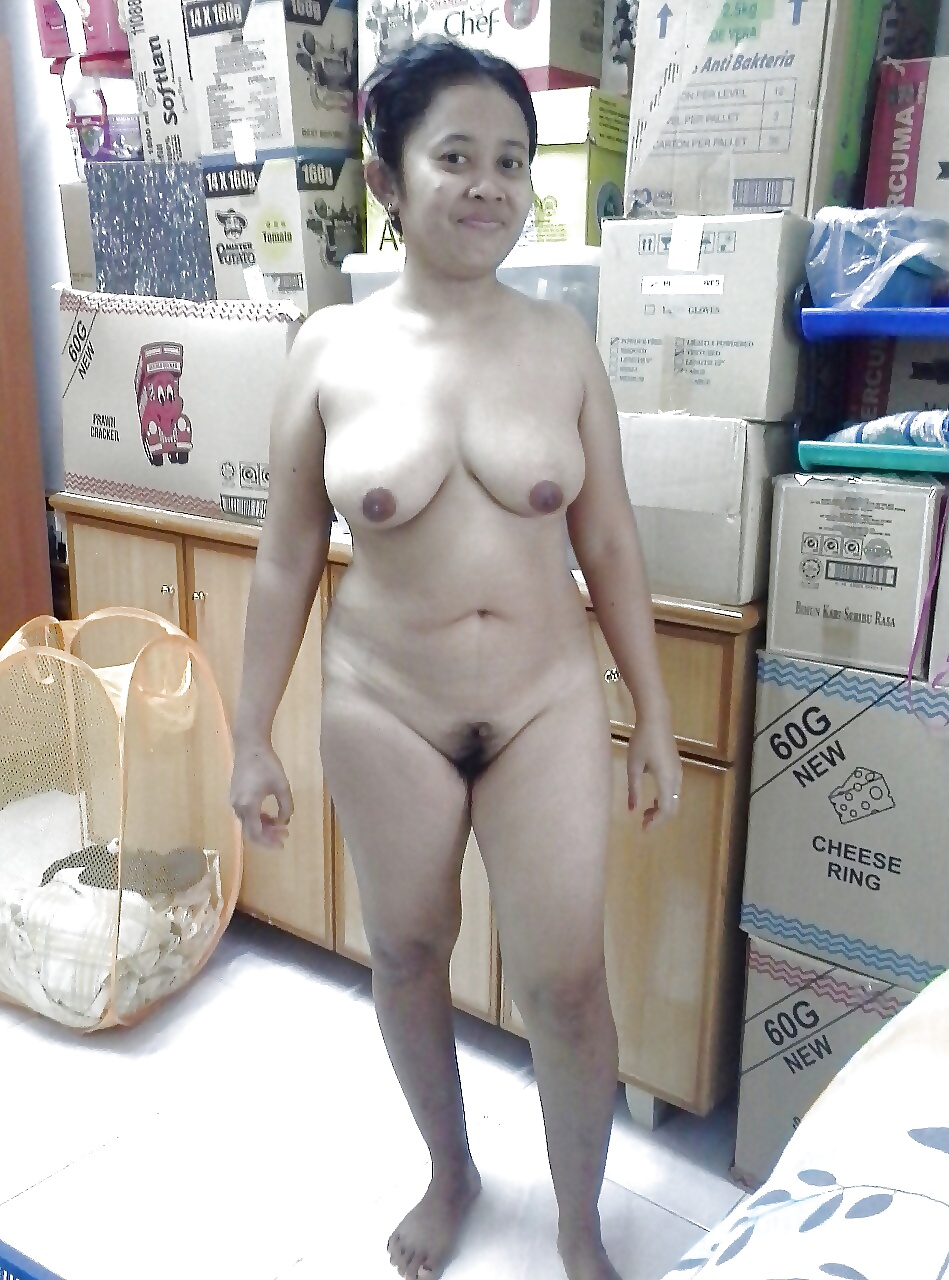nude-mom-singapore-images