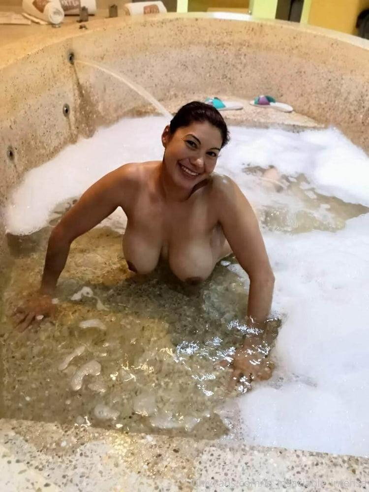 Has Linda Cristal Ever Been Nude