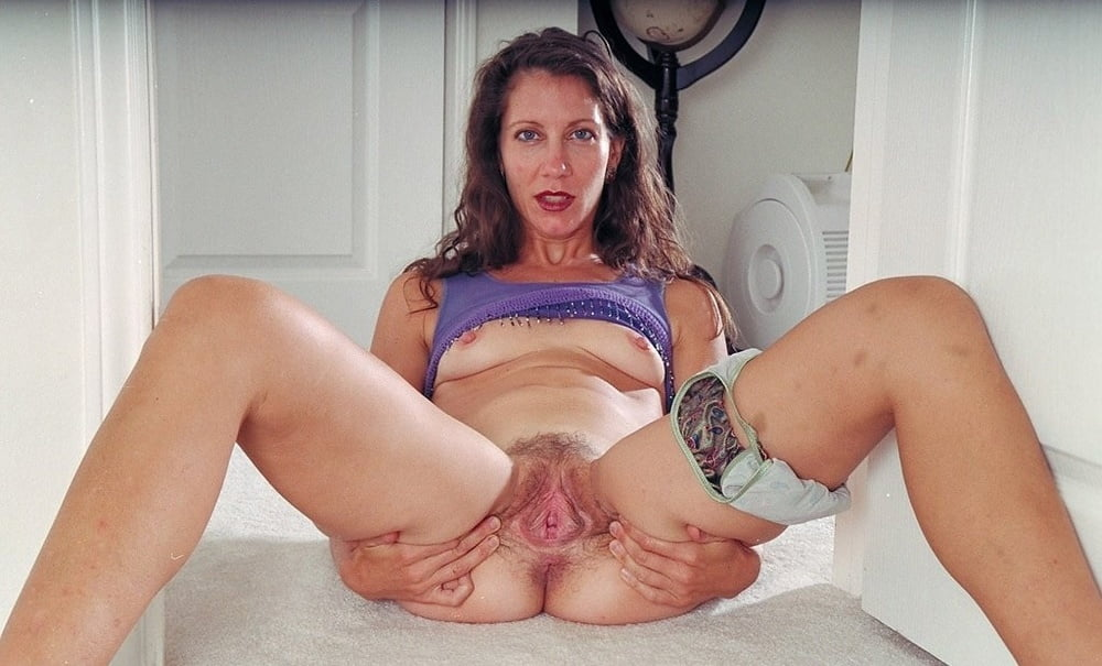 aunt-judys-mature-amateur-little-younger-girls-sexy-video