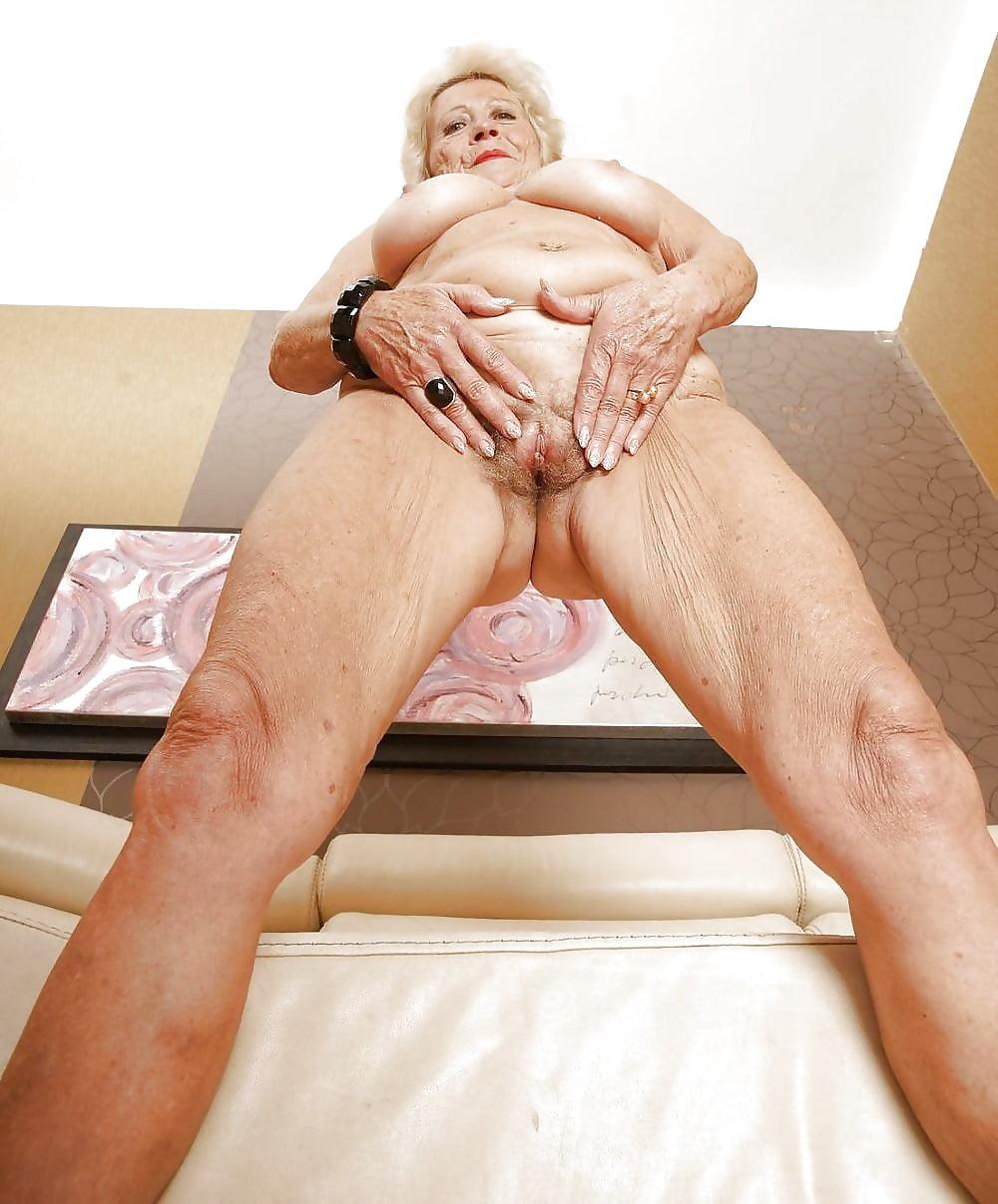 Порно фото старушки присланные #4