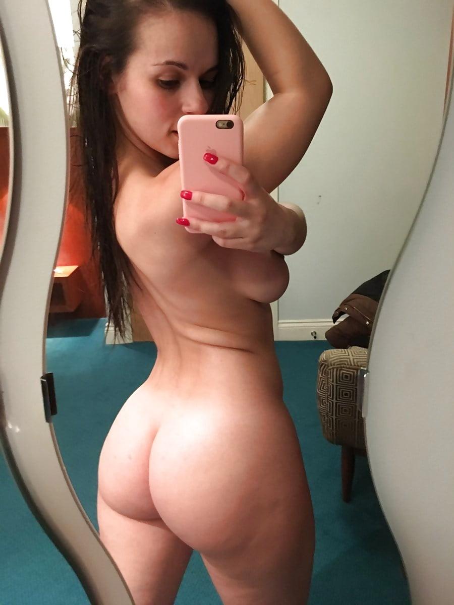 nude-girls-self-pics-thong-tumblr