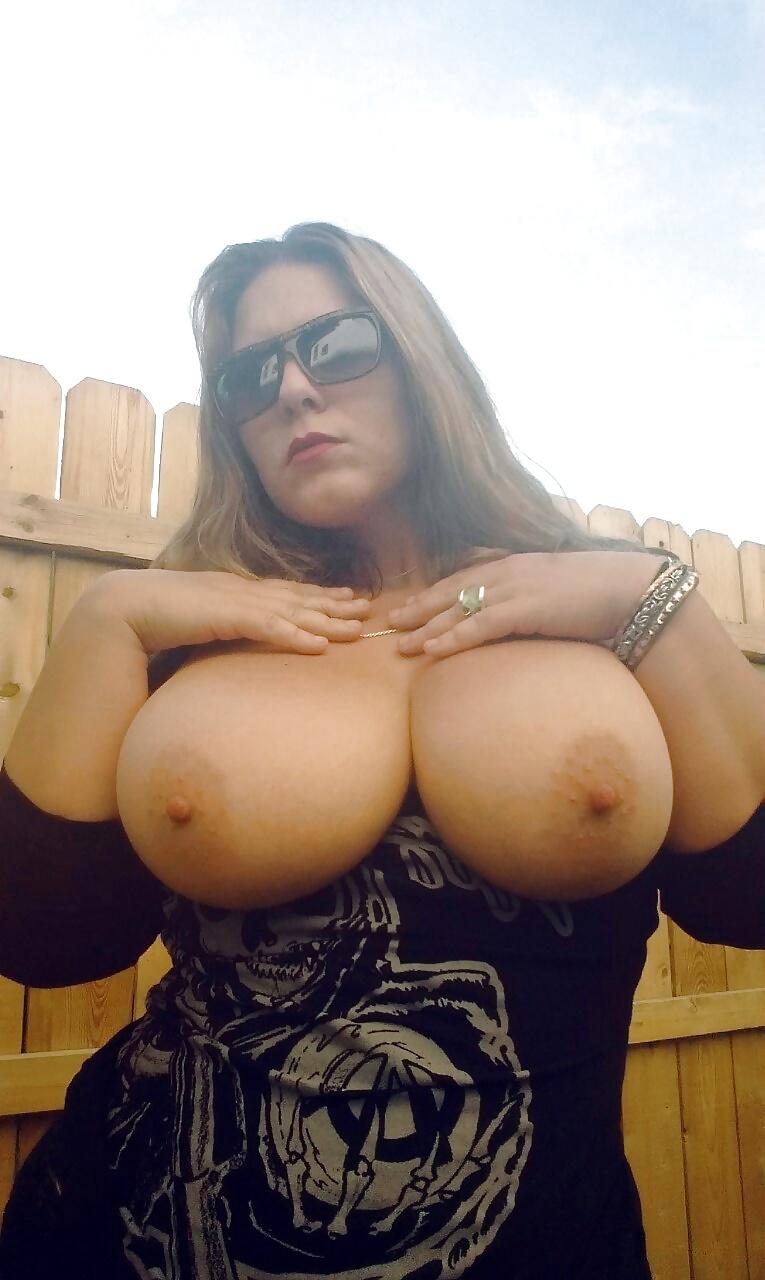 Spank girls pussy