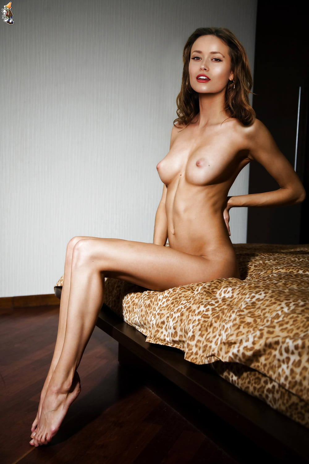 summer-glau-hot-nude