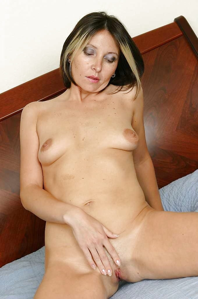 Ordinary Women Nude - 15 Pics - Xhamstercom-6708