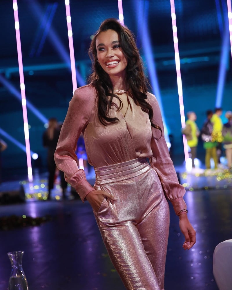 Romy Monteiro hot dutch celeb - 1307 Pics