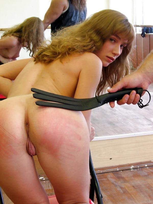 видео наказания голых девок - 4
