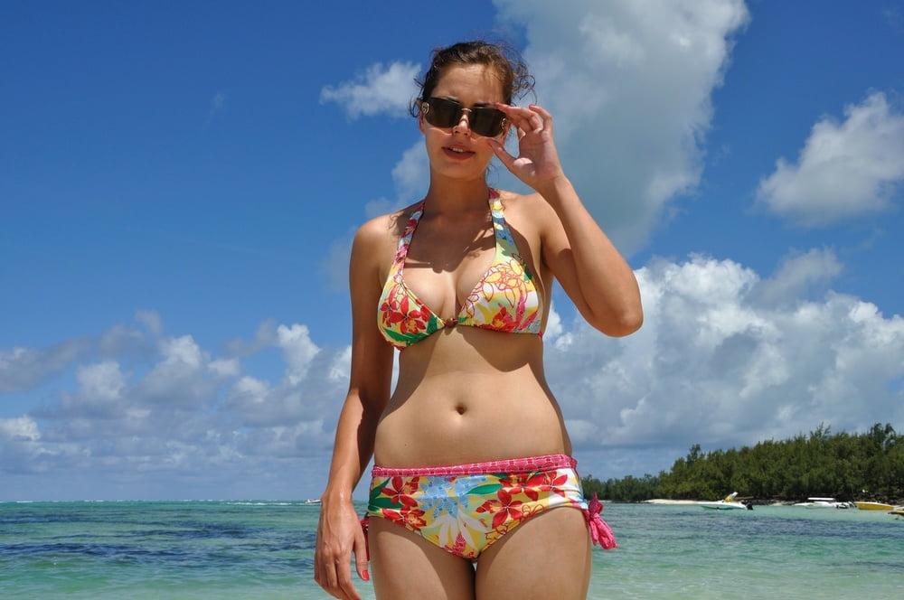 wife-in-a-bikini-butt