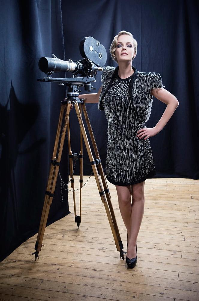 German TV Milf Eva Brenner - 124 Pics