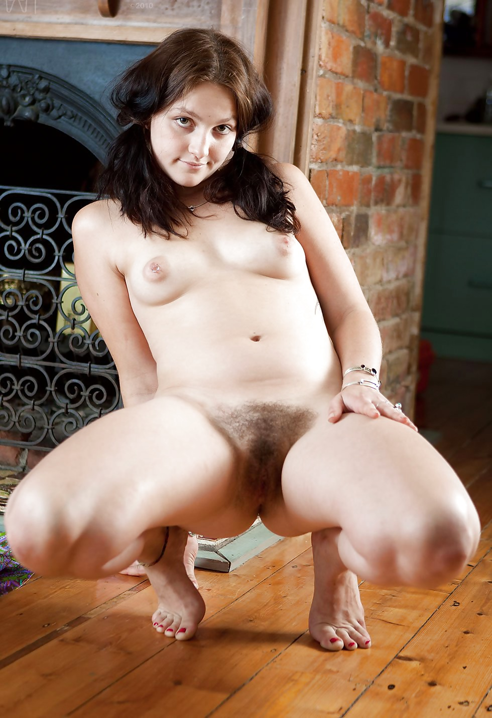 Gipsy girl nude fake #14