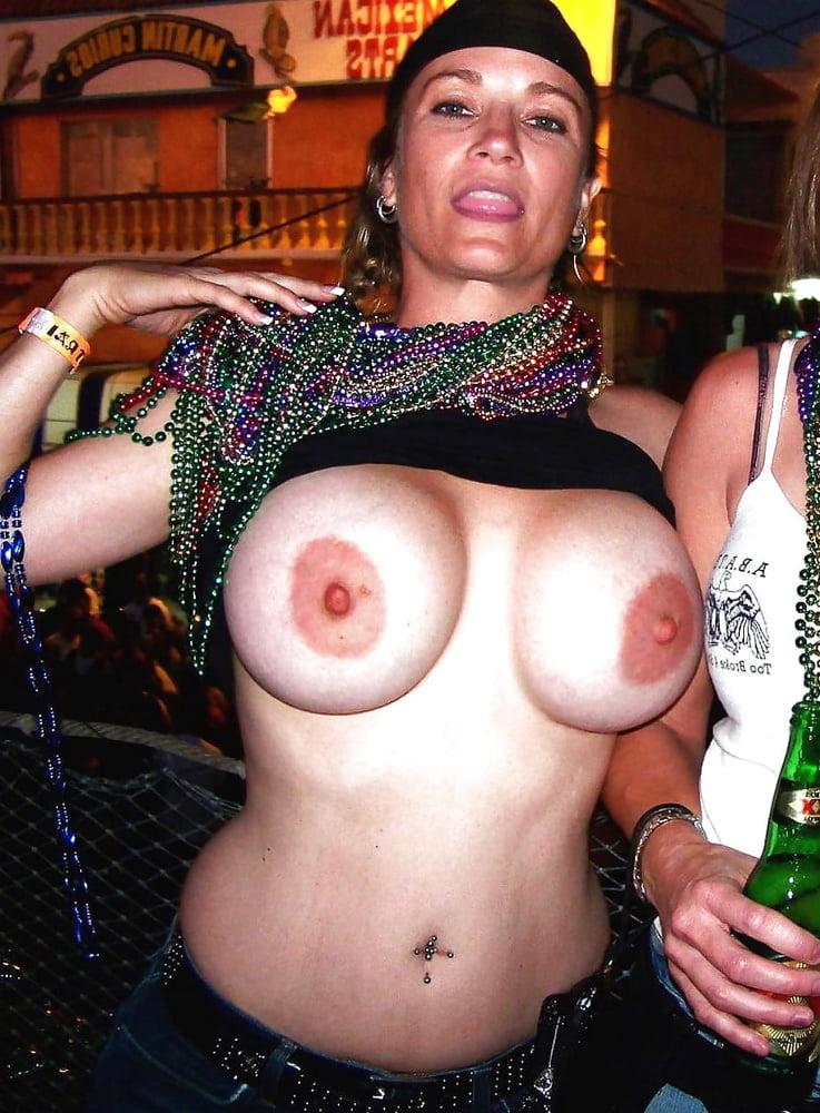 Mardi Gras Nude Pics