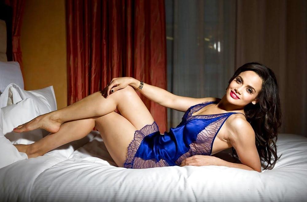 Elite mature call girls in kolkata sensuous mature escorts kolkata escorts