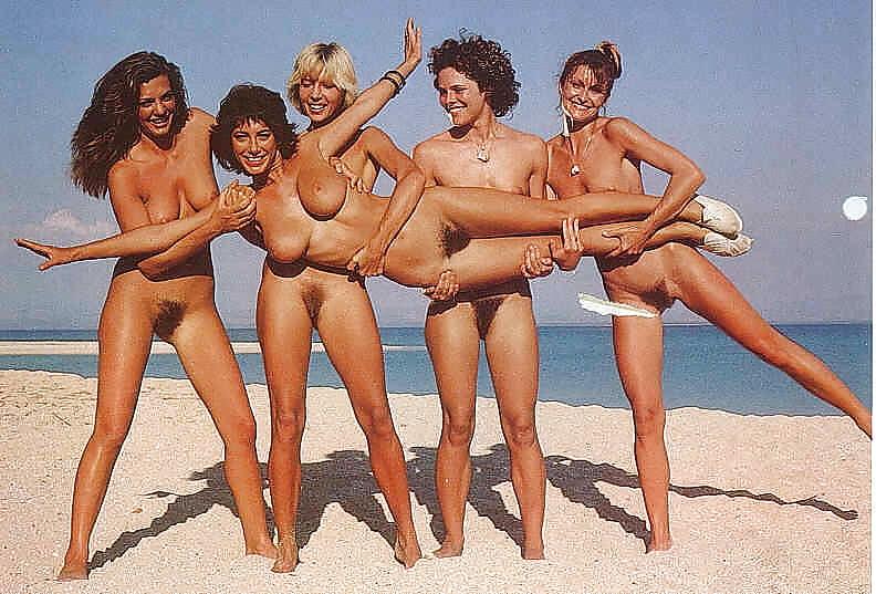 ретро голые девушки на пляже мечтают