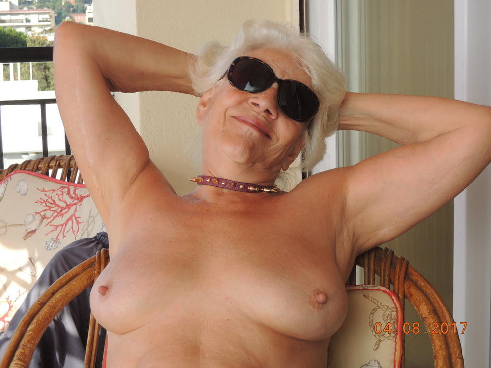 Granny With Hard Nipples And Hirsute Pussy Masturbates