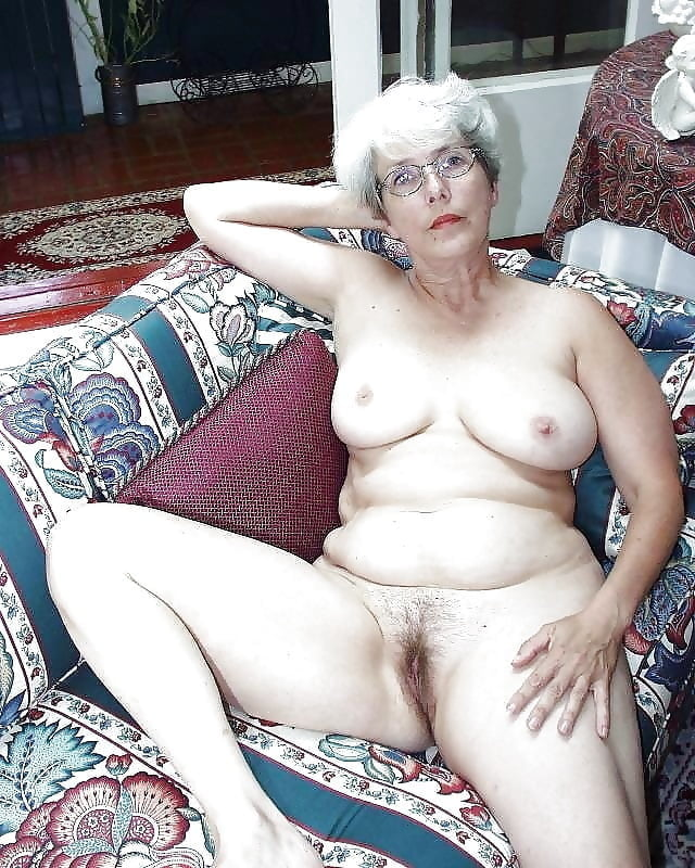Naked mature women gray hair sex porn images