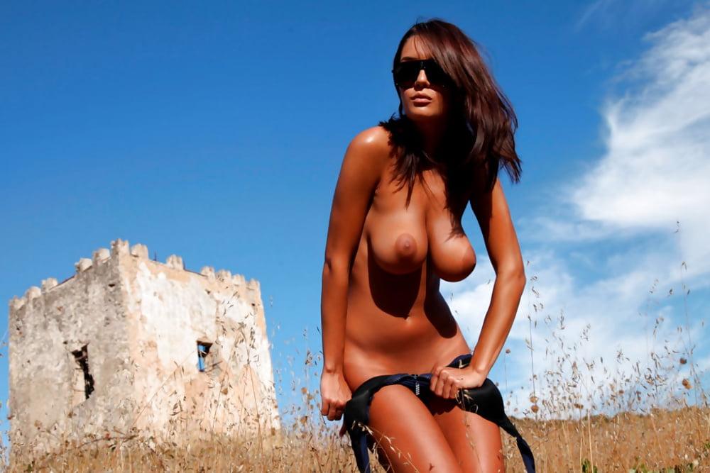 Beautiful nude romanian girl, stepmoms sex pics