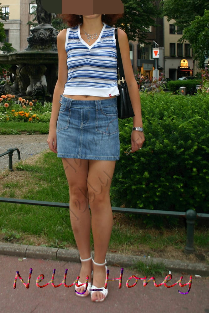My favorite skirt and I still fit. - 11 Pics