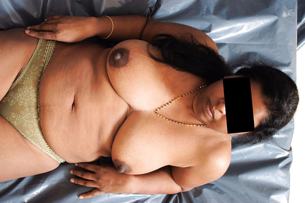 nude-tamil-anties-young-panty-masturbation