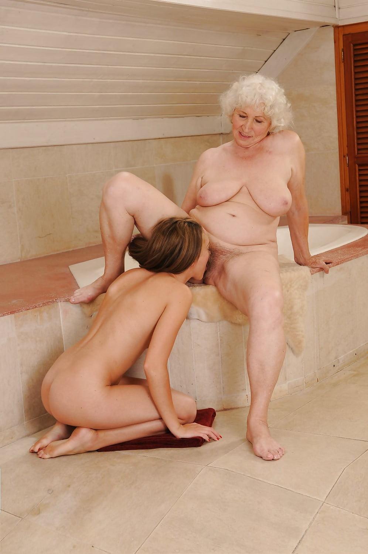 Free lesbian granny porn videos — photo 9