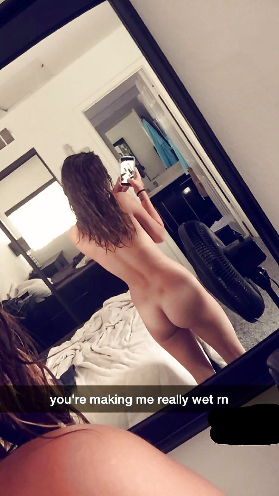naked-ass-snapchat-hot-babes-in-sex