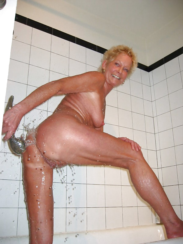 Granny shower xxx, hot chicks bent over bikes