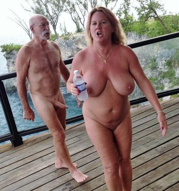 Nur Nackte Frauen