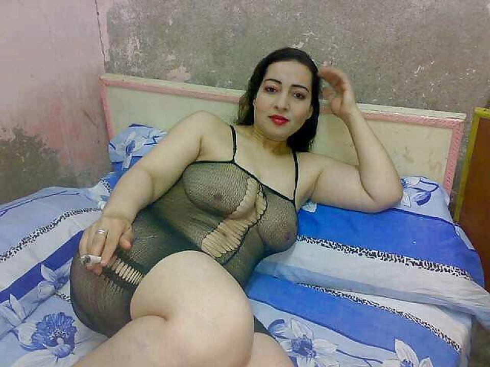 hot-mature-egyptian