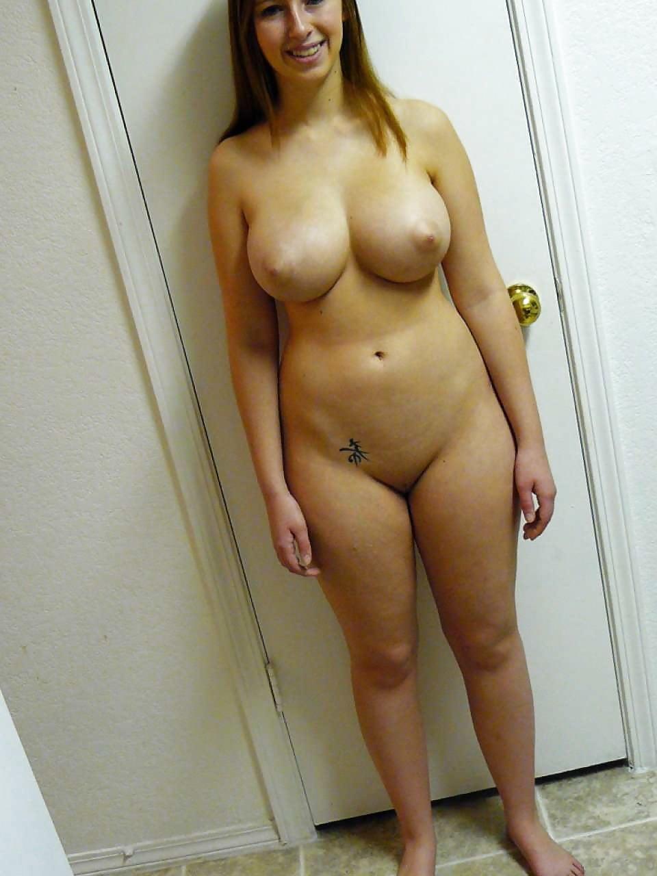 Blonde franse chick met mooie tieten - 2 part 5