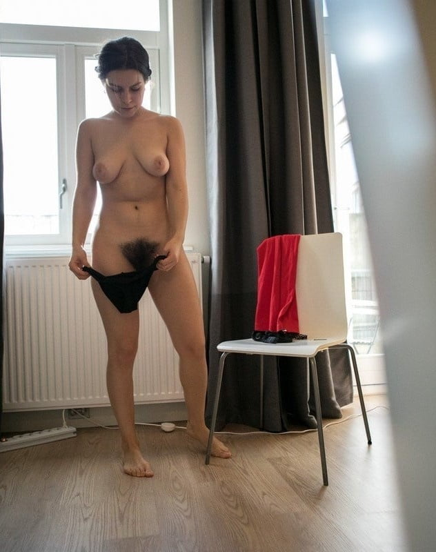 Backstage with natural czech redhead-1135